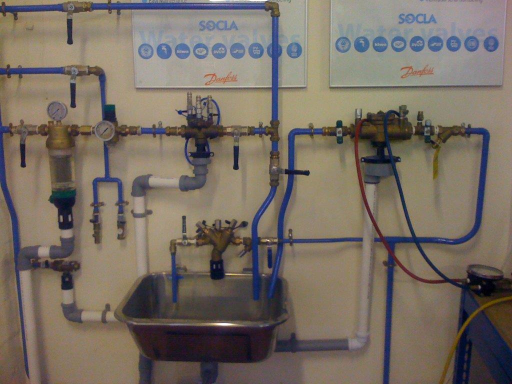RPZ valve service testing